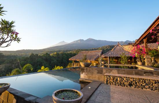 rinjani-lodge-views